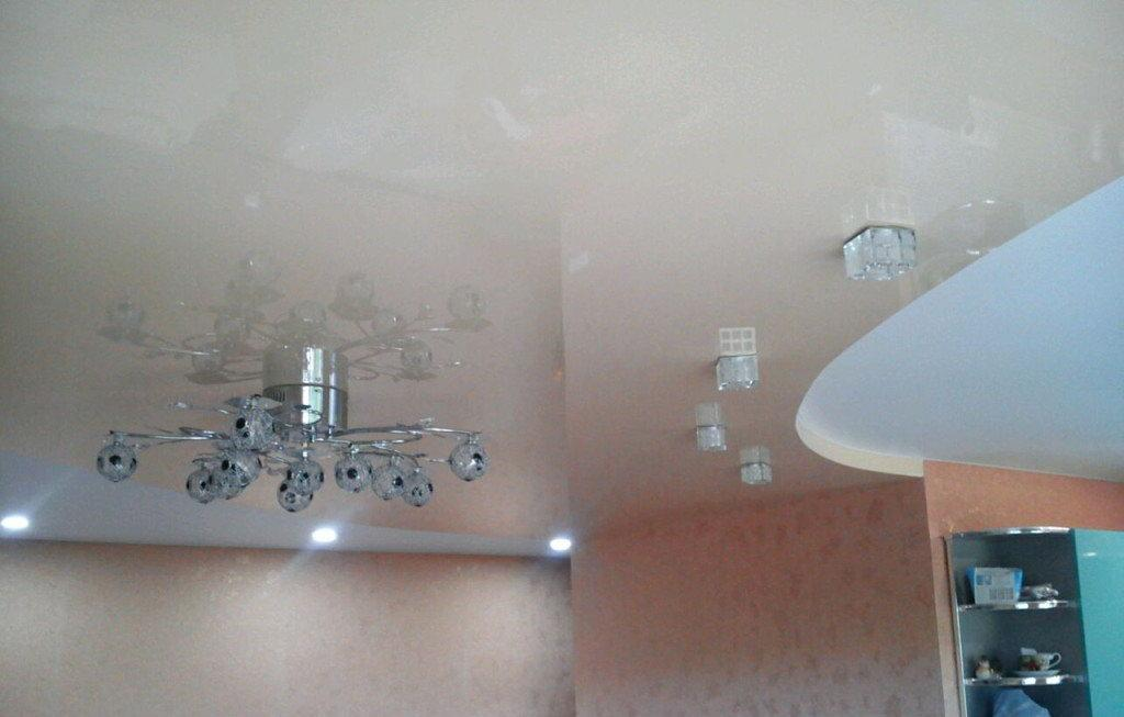 резиновые-потолки